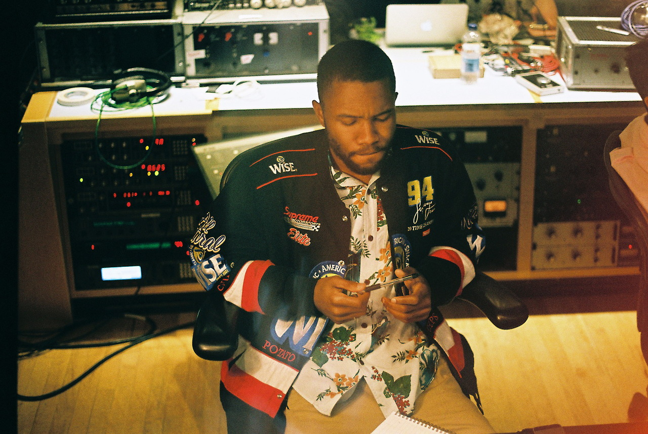 frank ocean leaves the clancys and his publicist oft